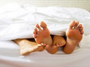 Vụ án hy hữu: Vợ hào hứng  vui vẻ  với trai lạ vì tưởng là chồng