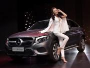 Ngắm dàn mỹ nữ tại triển lãm Mercedes-Benz Fascination 2017