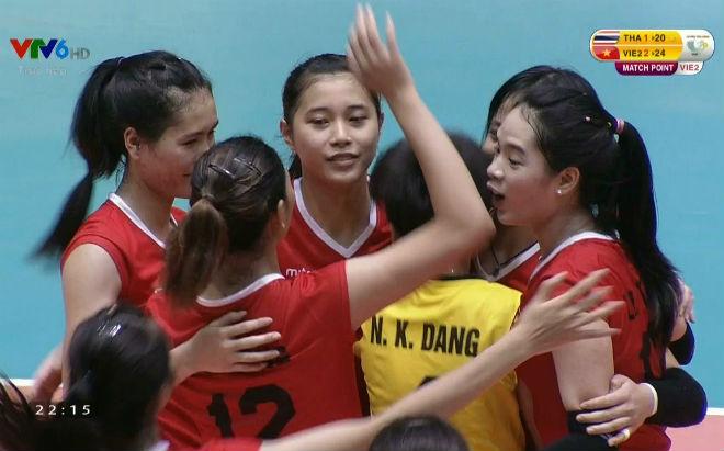 Tuyển trẻ Việt Nam - Tuyển trẻ Thái Lan: Nghẹn ngào màn rượt đuổi (Bóng chuyền VTV Cup)