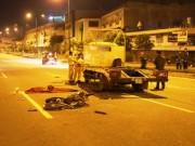 Tin tức trong ngày - Xe máy đối đầu xe tải, đôi nam nữ tử vong