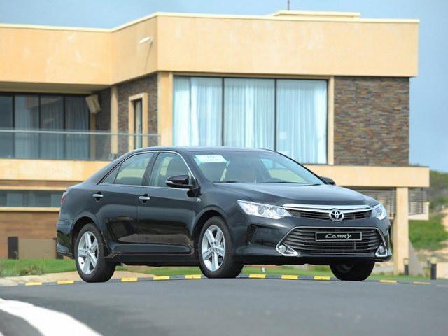 Toyota tiếp tục đại hạ giá xe lần 2 trong tháng