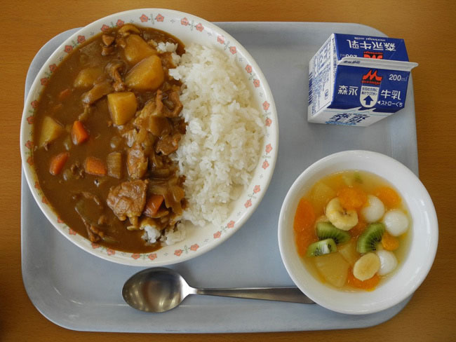Có gì đặc biệt trong bữa trưa của học sinh Nhật Bản? - 7
