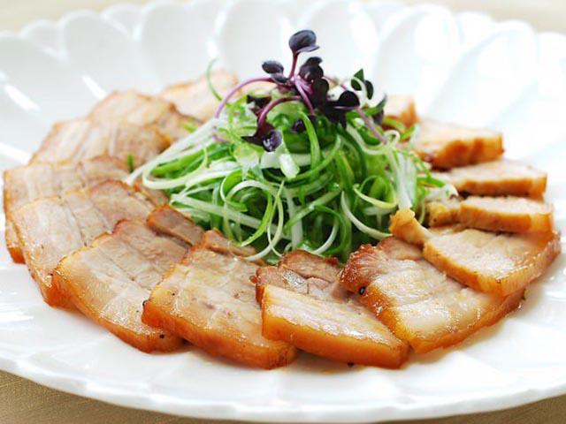 Thịt ba chỉ mà nấu kiểu này đảm bảo nồi cơm nhà bạn hết veo trong nháy mắt