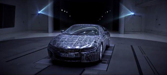 Siêu xe BMW i8 mui trần hoàn toàn mới sắp xuất hiện - 2