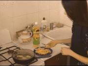 Ảnh động: Hình ảnh khó tin xảy ra trong nhà bếp