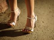 5 cô gái thoát ổ mại dâm Hàn Quốc nhờ một mảnh giấy