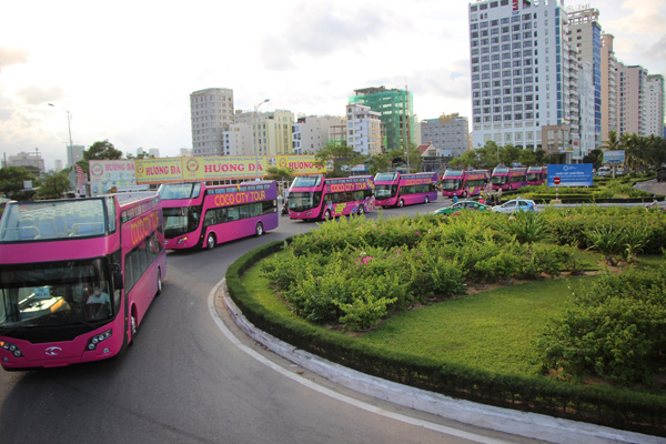 """Du lịch kiểu """"Bus 2 tầng"""" tại Đà Nẵng: trải nghiệm mới tinh cho du khách - 2"""