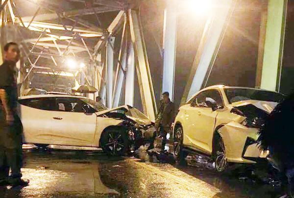 Hé lộ nguyên nhân tai nạn làm xe máy đứt đôi, 3 người chết - 2