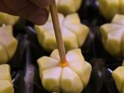 Ẩm thực - Có gì trong món bánh ngọt đẹp đến đến mức không nỡ ăn này?