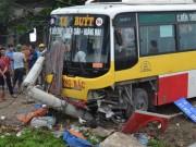 Đang đứng chờ khách, tài xế xe ôm bị xe buýt tông tử vong