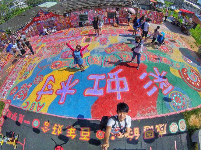 Ở Đài Loan có một ngôi làng cầu vồng mà bạn phải đến ít nhất một lần trong đời - ảnh 12