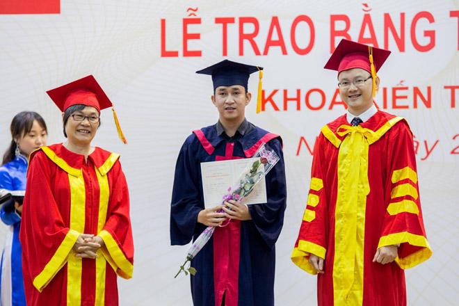 Trường ĐH Phương Đông: SV được tuyển dụng ngay khi tốt nghiệp - 1
