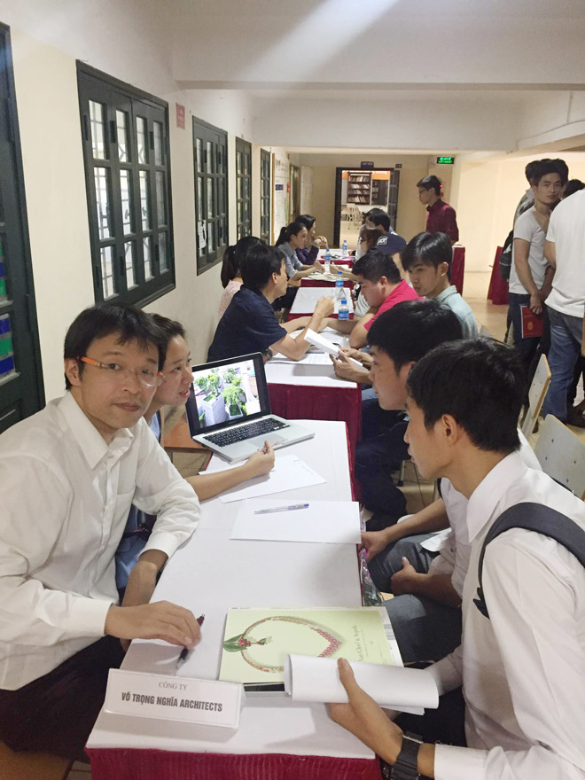 Trường ĐH Phương Đông: SV được tuyển dụng ngay khi tốt nghiệp - 2