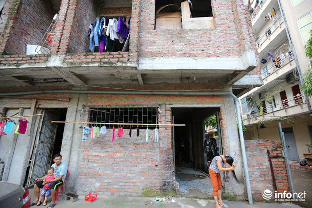 Nhà tiền tỷ bỏ hoang, chỗ ở lý tưởng của người lao động nghèo - ảnh 5