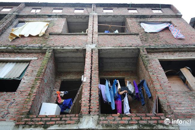 Nhà tiền tỷ bỏ hoang, chỗ ở lý tưởng của người lao động nghèo - ảnh 6