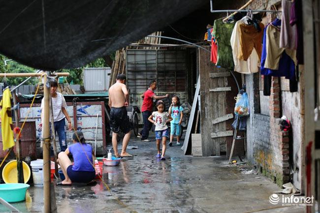 Nhà tiền tỷ bỏ hoang, chỗ ở lý tưởng của người lao động nghèo - ảnh 10