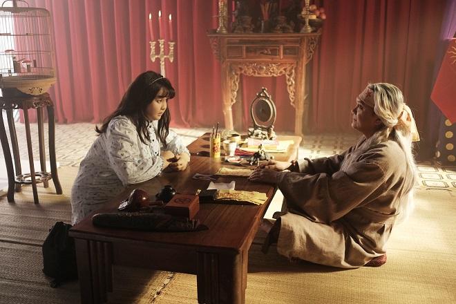 Mỗi ngày hóa trang dày 5cm, đạo diễn cũng phải nể Minh Hằng - ảnh 11