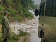 Đi khắc phục sự cố sau bão, 2 cán bộ ngành giao thông tử vong