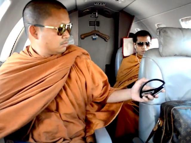 3 nhà sư ăn chơi khét tiếng bậc nhất Thái Lan - 8