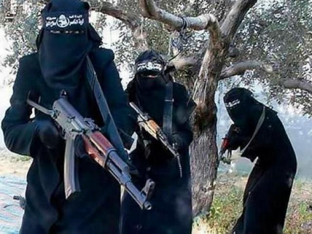 Nỗi sợ hãi của 1.400 cô dâu IS trong khu trại bí mật ở Iraq - 4