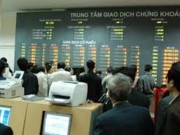 Chứng khoán đón  ' mưa tiền ' , giao dịch trung bình hơn 12.500 tỷ/phiên