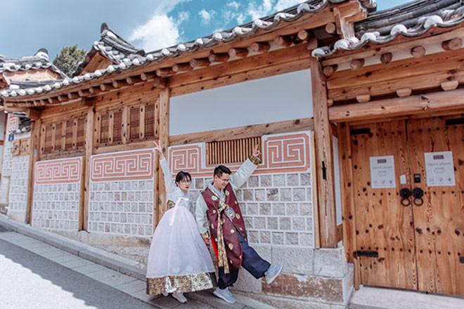 Đám cưới 10 tỷ của cặp đôi Hà thành sau 8 năm yêu - 4