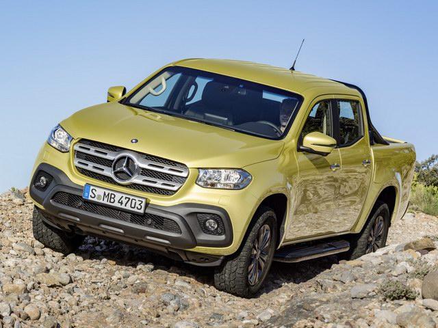 Nội soi Mercedes-Benz X-Class giá gần 1 tỷ đồng