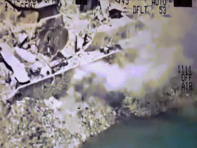 """Cảnh nhồi khủng bố IS đến """"không thở được"""" trong tù Iraq - 7"""
