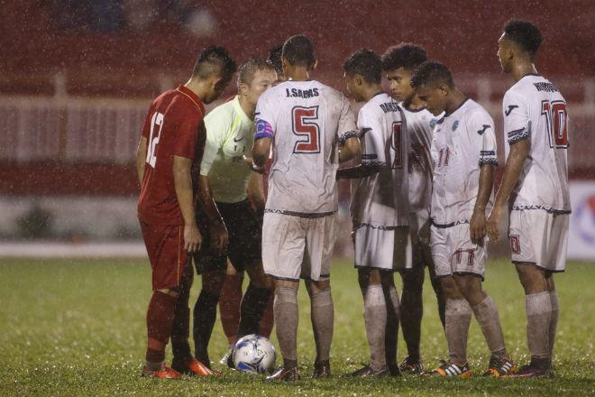 U23 Đông Timor quây trọng tài, tố bị U23 Việt Nam đánh nguội - 9