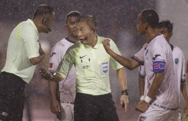 U23 Đông Timor quây trọng tài, tố bị U23 Việt Nam đánh nguội - 2