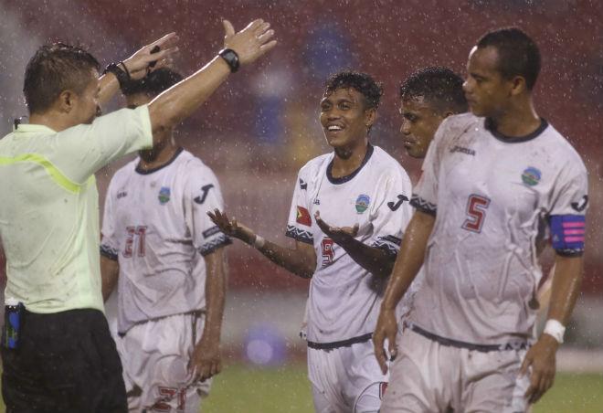 U23 Đông Timor quây trọng tài, tố bị U23 Việt Nam đánh nguội - 5