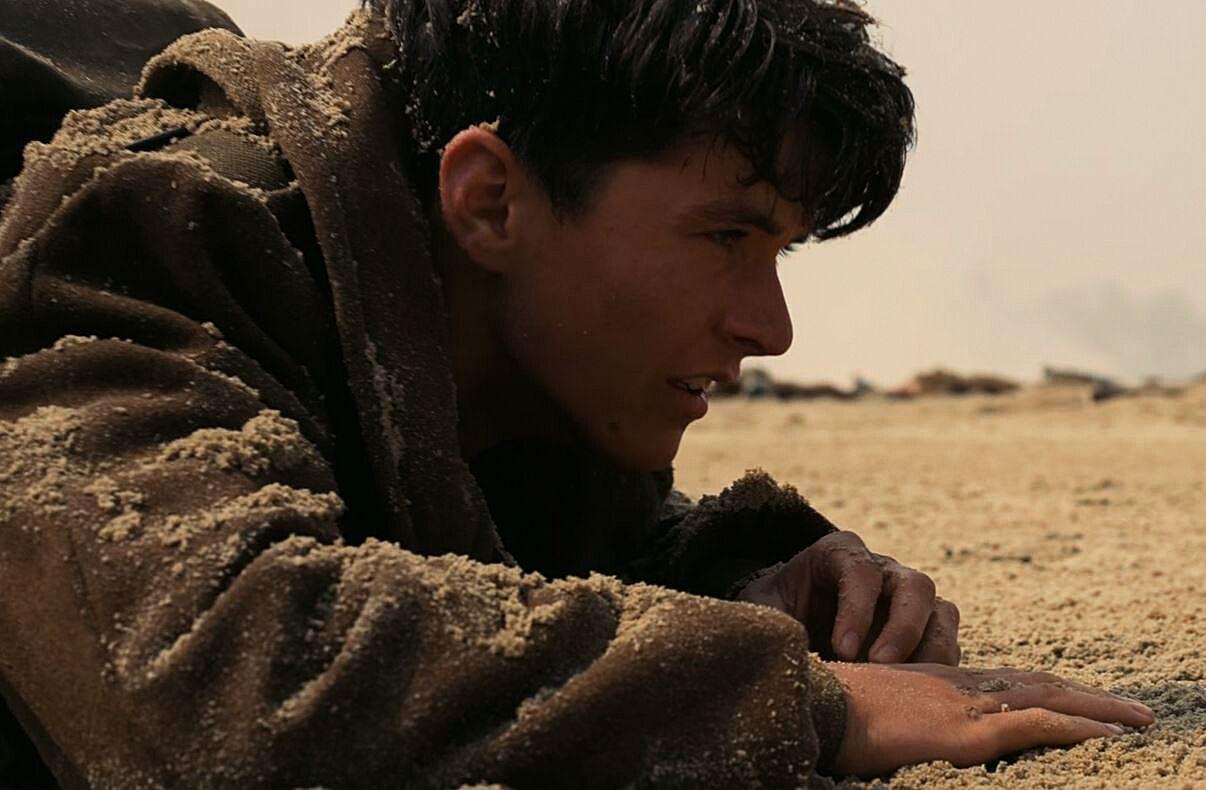 Căng não với khoảnh khắc đối mặt sinh tử trong phim chiến tranh - 10