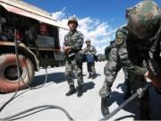 Vì sao TQ đưa hàng chục ngàn tấn vũ khí áp sát Ấn Độ?