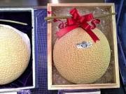 Thị trường - Tiêu dùng - 10 loại trái cây đắt nhất thế giới khiến bạn không thể thốt nên lời