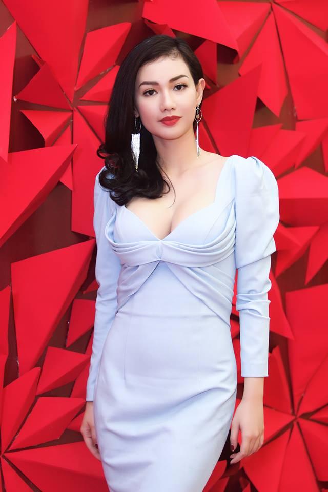 MC Quỳnh Chi ăn vận ngày càng táo bạo sau 2 năm ly hôn đại gia - 3