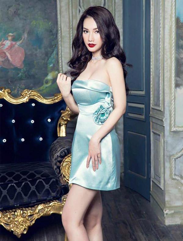 MC Quỳnh Chi ăn vận ngày càng táo bạo sau 2 năm ly hôn đại gia - 10