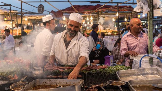 TP.HCM lọt top những điểm đến có ẩm thực đường phố tuyệt nhất thế giới - 11