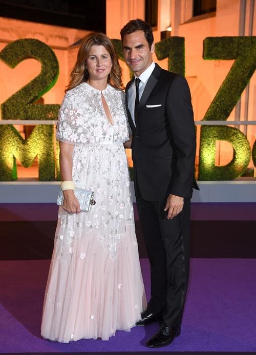 8 lần Roger Federer mặc đẹp át cả siêu sao! - 9