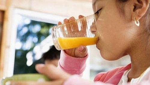 Chế độ ăn giúp người bị sốt xuất huyết nhanh khỏe mạnh - 1
