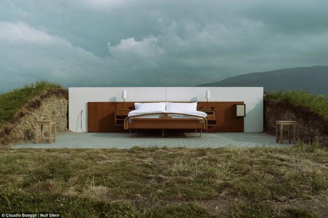 Lạ lùng khách sạn không có gì ngoài giường trên núi Alps - 5