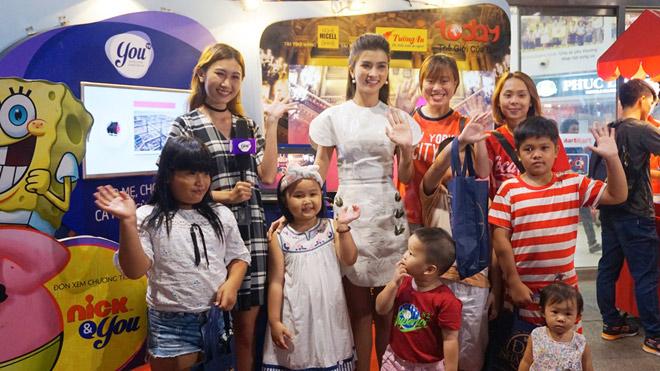 Nghệ sĩ Việt hạnh phúc khi mang niềm vui đến khán giả TodayTV - 4