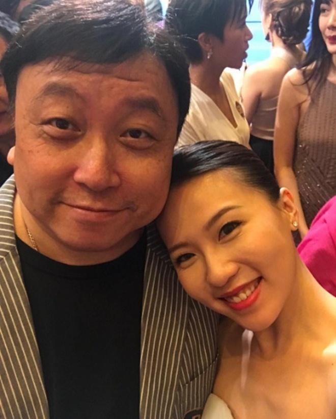 Ái nữ nóng bỏng của ông trùm phim người lớn Hong Kong khiến đàn ông khao khát - 2