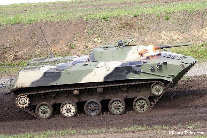 Lực lượng xe bọc thép từ trên trời đánh xuống của Nga - 2