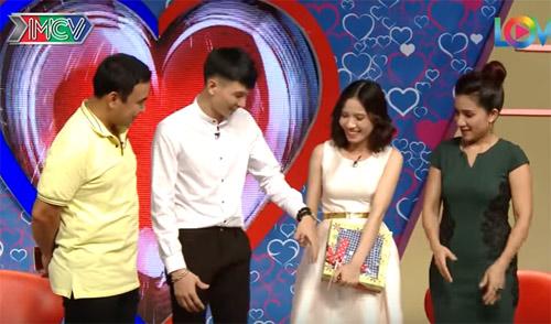 """Trai đảm Nam Định """"thoát ế"""" nhờ tự tay may áo tặng bạn gái - 7"""