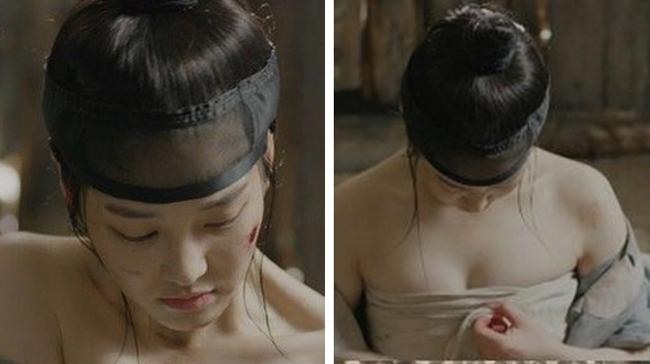Phim cổ trang Hàn còn đưa chi tiết nhân vật nữ nhi thời phong kiến cởi vải quấn ngực để bó vết thương cho nhân vật nam là điều cũng không phù hợp thực tế.