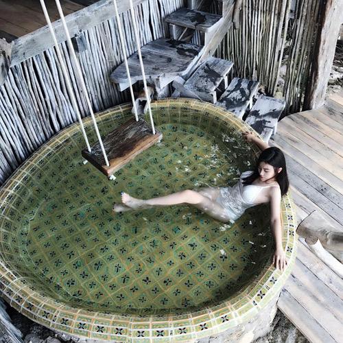 Sự thật cô gái Việt lên báo nước ngoài vì gợi cảm lại siêu giàu - 10