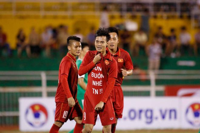U23 Việt Nam: Công Phượng - Văn Toàn tung hứng tạo siêu phẩm - 2