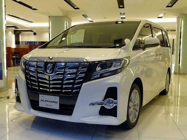 Xe 7 chỗ Toyota Alphard sắp ra mắt Việt Nam? - 3