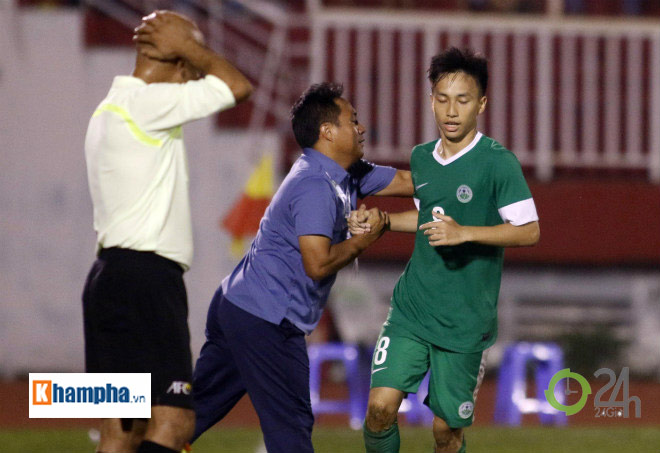 Niềm vui vô bờ bến của đội bóng thua 60 bàn phá lưới U23 Việt Nam - 6