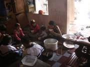 Gia đình 14 con ở Hà Nội: Người mẹ làm di chúc chia tài sản